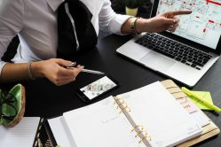 Vervroegde beëindiging van commerciële kredietovereenkomsten door kredietgever