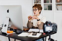 Afstand is niet afstandelijk: startersgids voor succesvolle onlinegesprekken